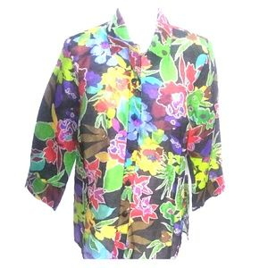 Erin London floral linen blouse. NWT.  Size M.